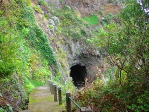 Madeira: os antigos túneis são um espaço privilegiado para albergar os sem-abrigo